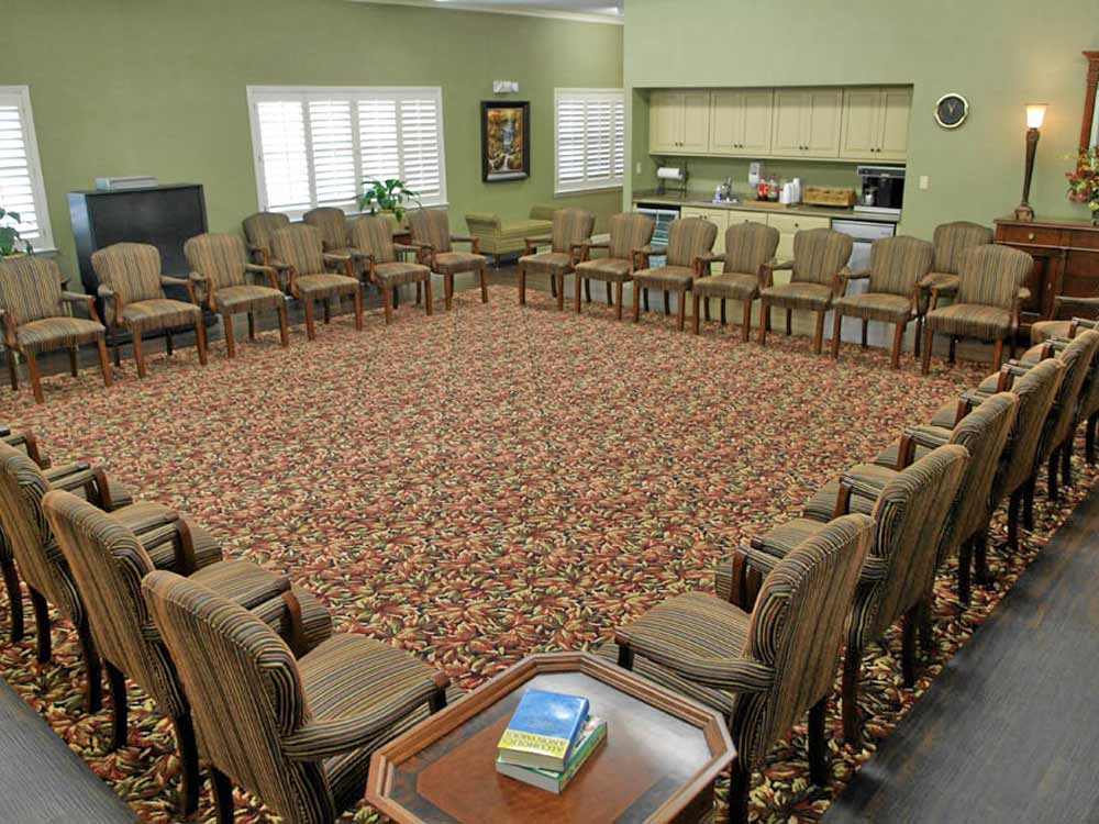 duck room - meeting room - willingway - addiction treatment experts - statesboro georgia drug and alcohol addiction treatment facility