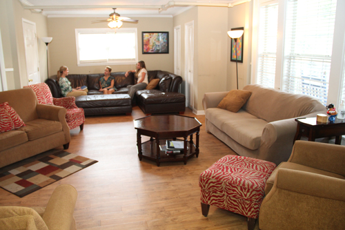 Healing through Connection: A View Inside the Women's Residence with Autumn Altamirano - willingway womens residence living area